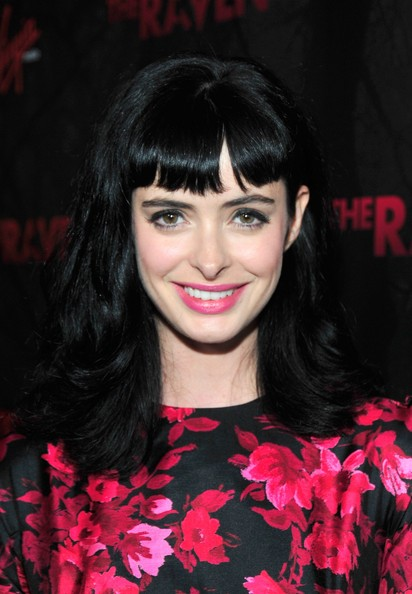 Krysten Ritter Long Wavy Cut with Bangs