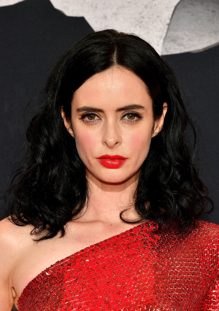 Krysten Ritter Red Lipstick Beauty Lookbook Stylebistro