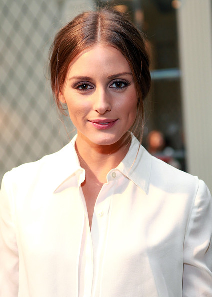 More Pics of Olivia Palermo Oversized Clutch (1 of 9) - Clutches Lookbook - StyleBistro