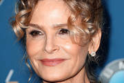 Kyra Sedgwick Pinned Up Ringlets