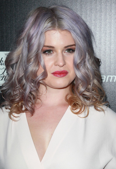 More Pics of Kelly Osbourne Glitter Nail Polish (5 of 18) - Kelly Osbourne Lookbook - StyleBistro
