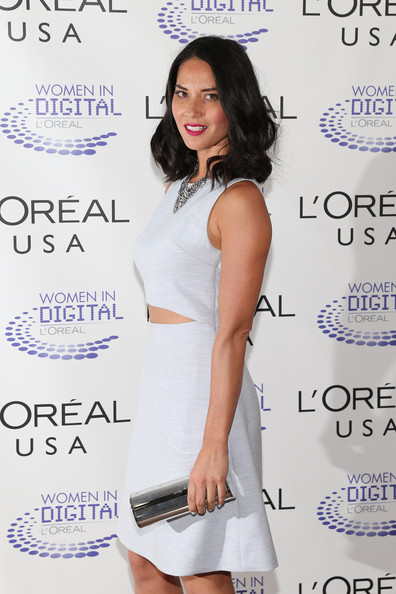 More Pics of Olivia Munn Medium Wavy Cut (1 of 12) - Olivia Munn Lookbook - StyleBistro