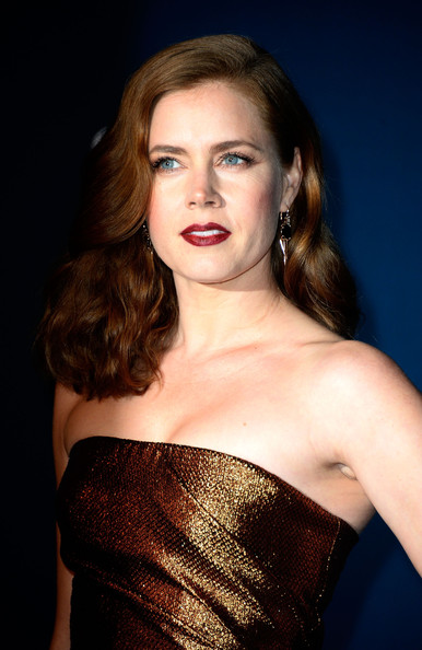 More Pics of Amy Adams Medium Wavy Cut (1 of 12) - Medium Wavy Cut Lookbook - StyleBistro