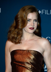 Amy Adams opted for a retro-chic wavy 'do when she attended the LACMA Art + Film Gala.
