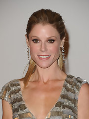 Julie Bowen attended the LACMA Art and Film gala wearing a pair of Moonlight earrings in 18-carat noble gold with rock crystal and diamonds.