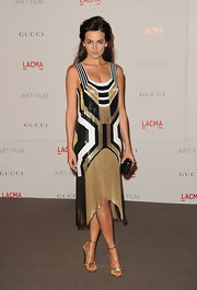 Camilla Belle was a '20s glamazon in a beaded drop waist dress and a black box clutch.