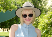 Jena Malone kept the sun out with a pair of tortoiseshell shades at the Lacoste Beautiful Desert Pool Party.