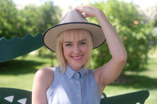 More Pics of Jena Malone Denim Jacket (1 of 9) - Jena Malone Lookbook - StyleBistro [lacoste beautiful desert pool party,facial expression,clothing,hat,blond,head,sun hat,skin,lady,beauty,smile,thermal,california,jena malone]