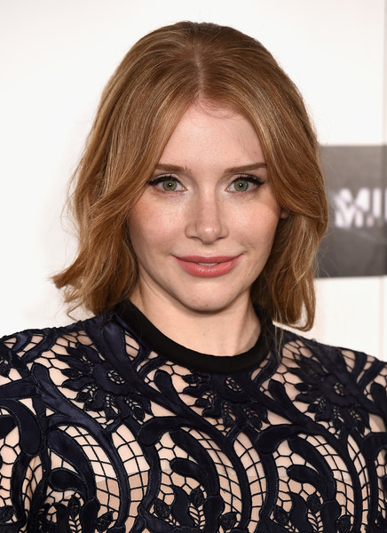 Bryce Dallas Howard styled her hair with a center part and gentle waves for the BFI London Film Festival screening of 'Black Mirror.'