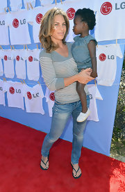 Jillian Michaels added some edginess to her casual look with a pair of washed-out skinny jeans.