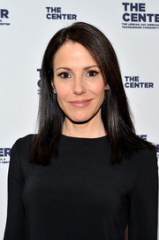 Mary-Louise Parker opted for a fuss-free yet elegant side-parted hairstyle when she attended the LGBT Center of New York fundraising dinner.