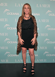 Susan Cohn Rockefeller sizzled in strappy black platform sandals.