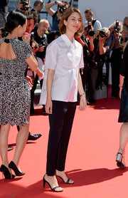Sofia Coppola finished off her look with barely-there black sandals.