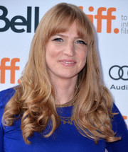 Helen Estabrook looked mildly retro with her curly ends and rounded bangs at the premiere of 'Labor Day.'