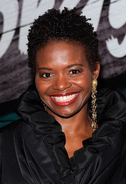 Lachanze Short Curls [the gershwins porgy and bess,the gershwins porgy and bess,hair,hairstyle,face,forehead,eyebrow,black hair,beauty,smile,jheri curl,lip,lachanze,curtain call,richard rodgers theatre,new york city,broadway,opening night - arrivals]