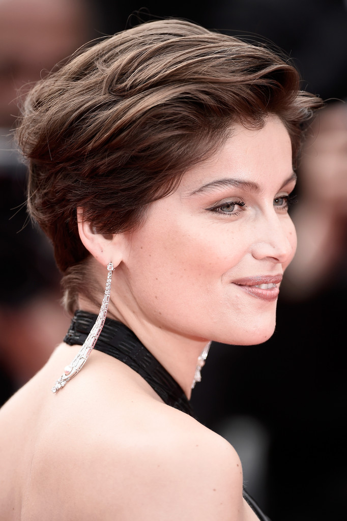 Laetitia Casta Short Side Part Short Hairstyles Lookbook