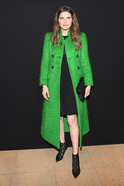 Lake Bell Frame Clutch [haute couture spring summer,prive haute couture spring summer 2018,clothing,coat,overcoat,green,outerwear,fashion model,fashion,duster,trench coat,sleeve,giorgio armani,lake bell,prive,front row,part,paris,paris fashion week,show]