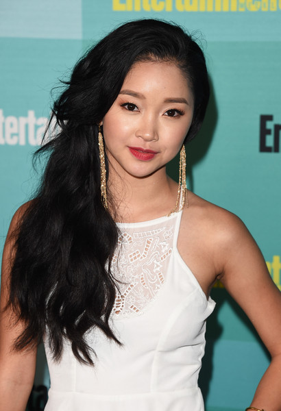 Lana Condor Side Sweep [entertainment weekly hosts,hair,hairstyle,black hair,beauty,long hair,skin,lady,chin,forehead,lip,bud light lime,lana condor,float,hard rock hotel,entertainment weekly,hbo,honda,comic-con party,comic-con 2015 party]