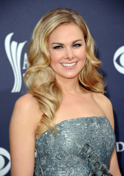 Laura Bell Bundy Hair