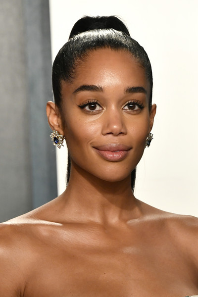 Laura Harrier Ponytail [hair,face,eyebrow,skin,hairstyle,lip,forehead,beauty,black hair,head,radhika jones - arrivals,radhika jones,laura harrier,beverly hills,california,wallis annenberg center for the performing arts,oscar party,vanity fair,laura harrier,wallis annenberg center for the performing arts,oscar party,vanity fair,academy awards,party,model,2020,photograph,festival]