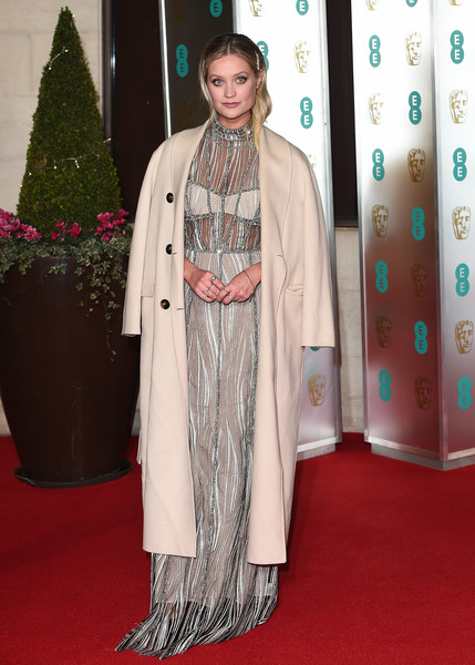 Laura Whitmore Wool Coat [clothing,carpet,red carpet,flooring,hairstyle,outerwear,fashion,fashion design,costume,formal wear,red carpet arrivals,laura whitmore,ee,london,england,grosvenor house,british academy film awards gala,british academy film awards gala dinner]