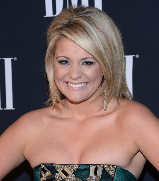 Lauren Alaina Short Side Part