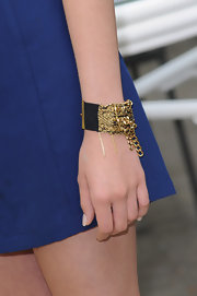 Nicola Peltz amped up the chic factor with a gold cuff bracelet at the photocall for 'The Last Airbender.'