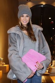 Melissa carried this Barbie pink clutch to the Le Silla Flagship Store Opening.