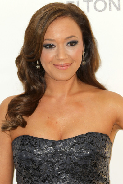 Leah Remini Smoky Eyes [hair,shoulder,hairstyle,clothing,long hair,dress,eyebrow,brown hair,blond,beauty,arrivals,leah remini,oscar,west hollywood,california,pacific design center,elton john aids foundation,oscar viewing party,viewing party]