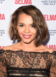 Carmen Ejogo looked lovely with her short, asymmetrical waves at the Legends Who Paved the Way Gala.