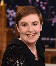 Lena Dunham kept it simple with this short side-parted hairstyle while visiting 'Jimmy Fallon.'