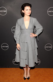Ginnifer Goodwin looked ladylike in a gray Novis dress with long sleeves and a tiered skirt at the 2019 Winter TCA Press Tour.