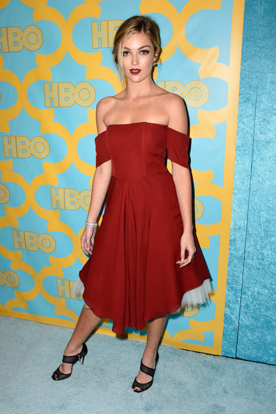 Lili Simmons Off-the-Shoulder Dress