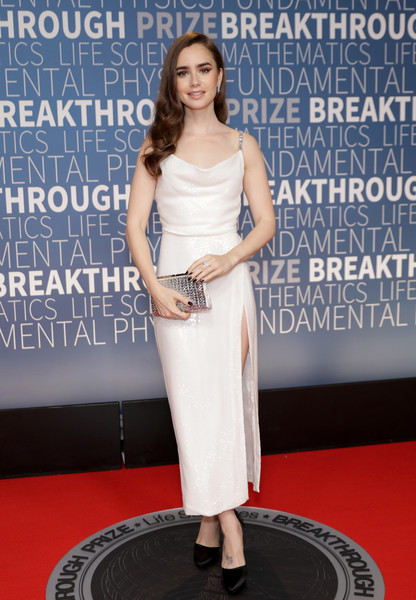 Lily Collins Metallic Clutch [red carpet,red carpet,clothing,carpet,dress,premiere,shoulder,fashion,flooring,footwear,event,lily collins,breakthrough prize,mountain view,california,nasa ames research center]