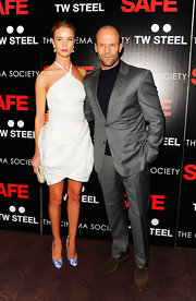 Jason Statham looked sharp in this metallic gray suit at the premiere of 'Safe.' But really, who's looking at Jason when he has Rosie on his arm?