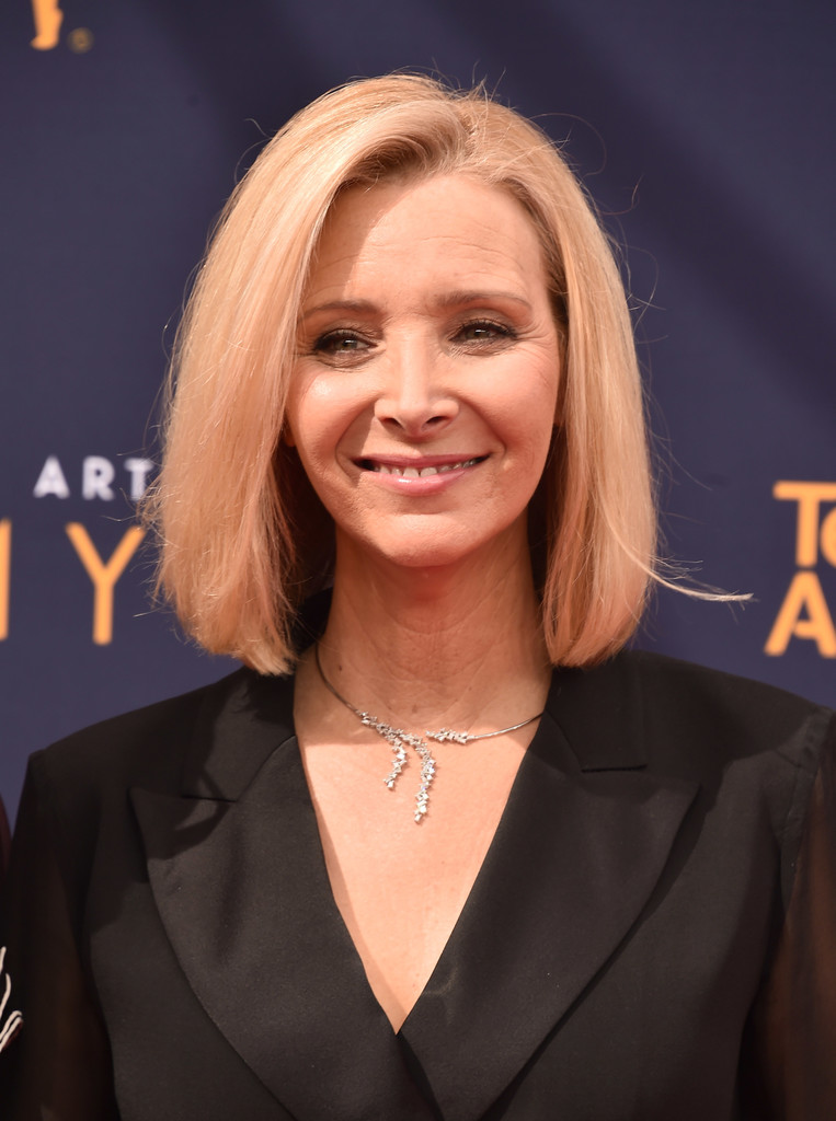 Lisa Kudrow Bob Short Hairstyles Lookbook Stylebistro