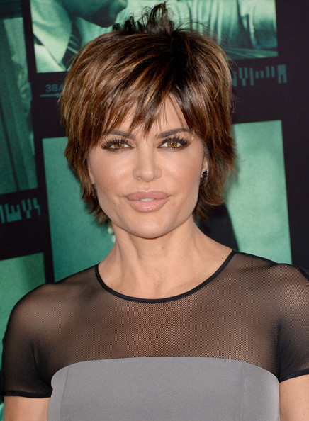Lisa Rinna Layered Razor Cut [veronica mars,hair,face,hairstyle,eyebrow,chin,layered hair,bangs,brown hair,shoulder,blond,arrivals,lisa rinna,los angeles,california,hollywood,tcl chinese theatre,premiere,premiere]