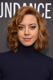 Aubrey Plaza attended the Sundance Film Festival premiere of 'The Little Hours' wearing this cute curly 'do.