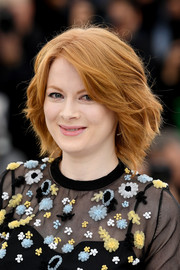 Emily Beecham looked chic with her windswept hairstyle at the Cannes Film Festival photocall for 'Little Joe.'