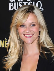 Reese Witherspoon showed off her radiant locks while hitting the Livestrong Foundation event.