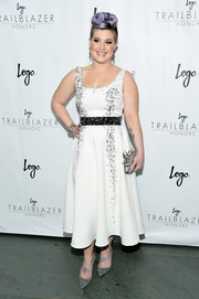 Kelly Osbourne got majorly edgy in a safety pin-embellished LWD for the Trailblazer Honors.