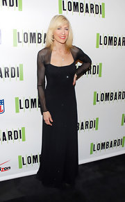 The sheer shoulders and arms on this dress looked fabulous on Judith Light.