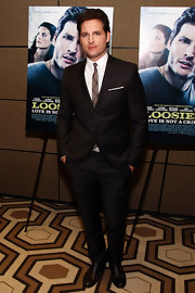 Peter Facinelli looked ultra-dapper in a sharp black suit paired with a skinny paid tie at the premiere of 'Loosies.'