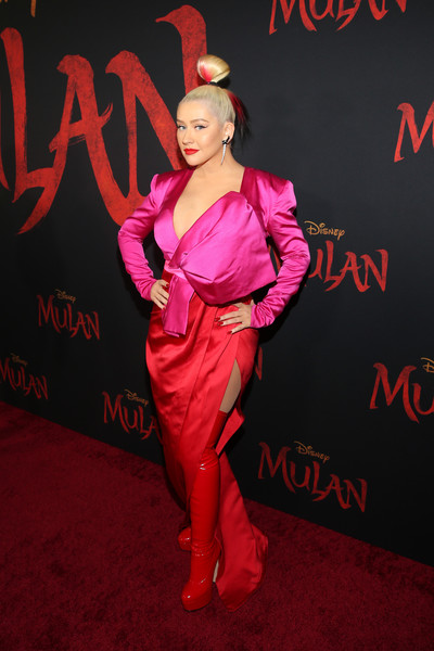 Christina Aguilera was impossible to miss in this color-block Galia Lahav gown with oversized bow detail at the world premiere of 'Mulan.'