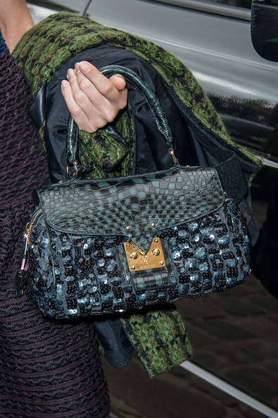 More Pics of Natalia Vodianova Buckled Purse (4 of 11) - Buckled Purse Lookbook - StyleBistro