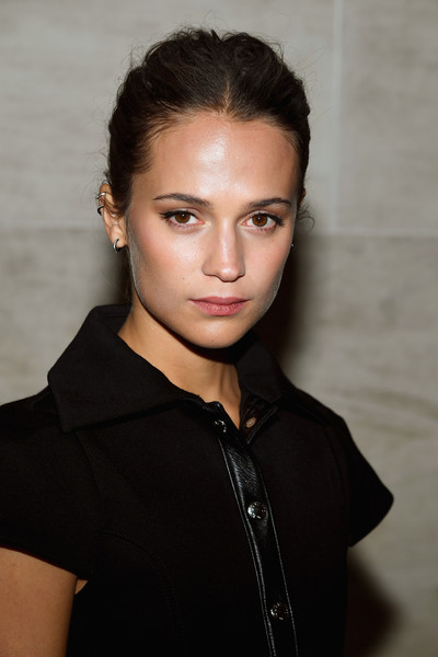 More Pics of Alicia Vikander Ankle Boots (3 of 5) - Alicia Vikander Lookbook - StyleBistro