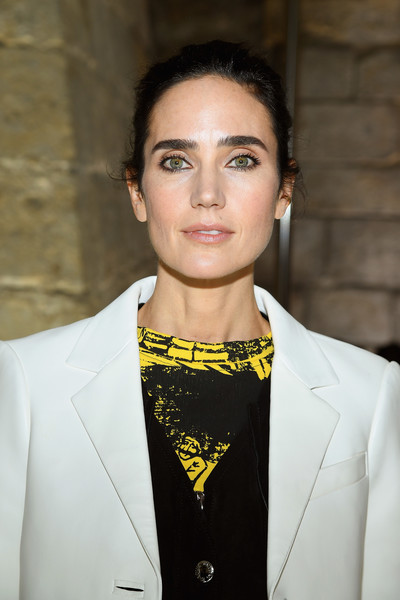 More Pics of Jennifer Connelly Cropped Jacket (1 of 6) - Outerwear Lookbook - StyleBistro