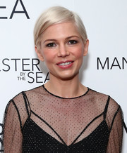 Michelle Williams stuck to her signature short platinum-blonde style when she attended the special screening of 'Manchester by the Sea.'