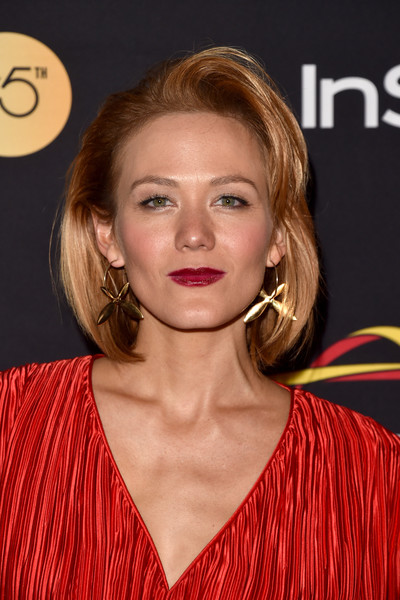 Louisa Krause Bob [hair,face,hairstyle,blond,eyebrow,lip,beauty,chin,brown hair,long hair,arrivals,louisa krause,toronto,canada,windsor arms hotel,hfpa,instyle,toronto international film festival,instyle annual celebration,celebration]