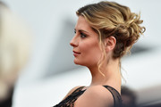 Mischa Barton looked romantic wearing this curly updo at the Cannes premiere of 'Loving.'